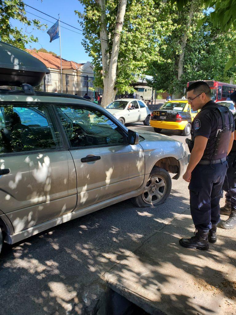 Friendly Mendoza police